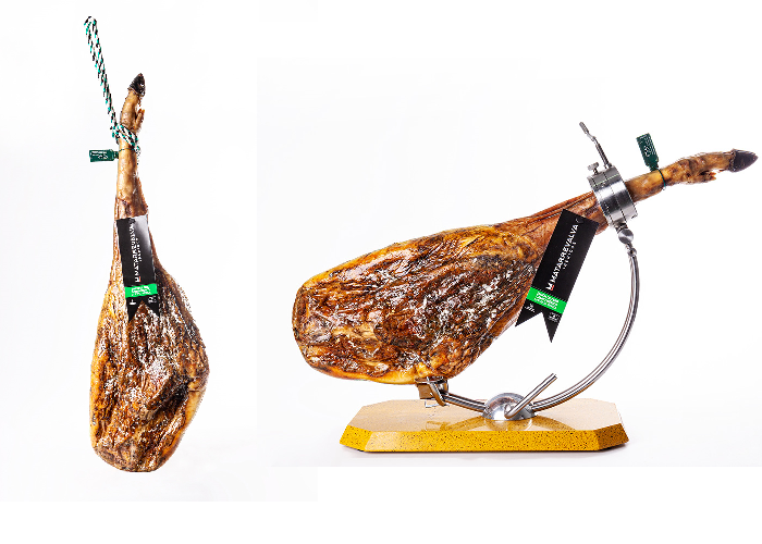 2 Iberian Hams Cebo Campo (Free range) (8,5 to 9kg) - Second item for just 100 euros